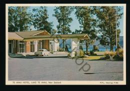 Te Anau Hotel - Lake Te Anau - New Zeeland [AA38 1.227 - Nouvelle-Zélande