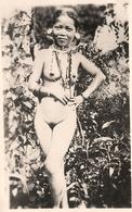 NU - Vietnam Laos Cambodge - Ethnic Ethno - Femme Nue Seins Nus - Nude - Piercing Colliers - Photo Ancienne - Viêt-Nam