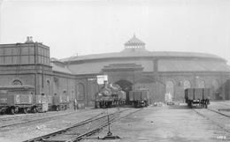 ¤¤  -   Carte-Photo D'une Gare Anglaise  -  Train  -  Locomotive   -   Chemin De Fer   -  ¤¤ - Matériel