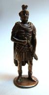 FIGURINE KINDER  METAL SOLDAT ROMAIN 1 2ème Série 80's -   ROMER 1 Légionnaire Legionär Centurion Cuivre - Metal Figurines