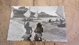TAHITI : BORA BORA : Depart De Pirogues A Voiles   .................... MP-2342 - Tahiti
