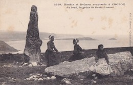 MENHIR ET DOLMEN RENVERSES A CROZON - Dolmen & Menhirs