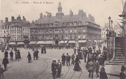 59. LILLE. CPA.  ANIMATION PLACE DE LA BOURSE. ANNEE 1911 + TEXTE - Lille