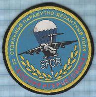 RUSSIA / Patch Abzeichen Parche Ecusson / SFOR UN Peacekeeping Mission Airborne In Bosnia Special Forces Aviation - Blazoenen (textiel)