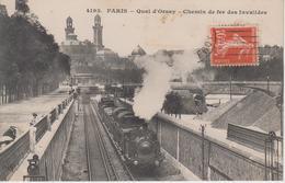 CPA Paris - Quai D'Orsay - Chemin De Fer Des Invalides (avec Train En Beau Plan) - Métro Parisien, Gares