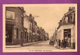 CPA - 59 - DUNKERQUE / ROSENDAEL - LA RUE GAMBETTA / CAFE AU LION D OR - Dunkerque