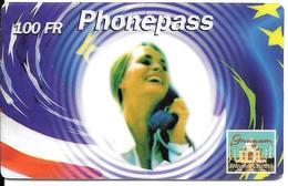 CARTE-PREPAYEE-100FF-PHONE PASS-FEMME TELEPHONANT-25/12/2000-V°PN°Noirs-+N° Vert-Plastic GLACE-T BE- - France