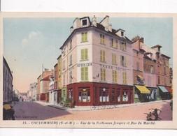 """77 COULOMMIERS - Rue De La Ferté-sous-Jouarre Et Rue Du Marché - """"Au Bon Coin"""" Tabac Hôtel - 2 Scans, Recto Verso - Coulommiers"""