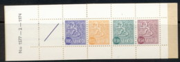 Finland 1968-78 Arms Of Finland Booklet 1x05,1x35,1x10,1x50, 1 Label Green Cover MUH - Finland
