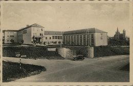 Limburg An Der Lahn. Priesterseminar. Alte AK S/w. Straßenpartie, Gebäudeansichten, Auto, Dom Im Hintergrund - Ansichtskarten