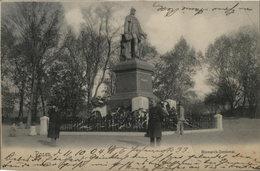 Posen / Poznan. Bismarck - Denkmal- Alte, Seltene AK S/w. Partie Am Denkmal, Polizist, Personen, Gel. 1904 - Ansichtskarten