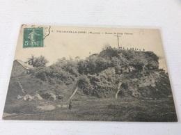 53 - VILLAINES LA JUHEL Ruines Du Vieux Château écrite Timbrée - Villaines La Juhel