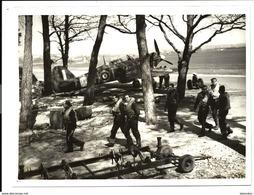 GUERRE 1944 - Normandie - HURRICANE BOMBERS BRITISH CANADIAN And NEW ZEALANDERS PILOTS - Guerra 1939-45