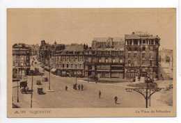 - CPA SAINT-QUENTIN (02) - La Place Du 8-Octobre (HOTELS) - Photo CAP 182 - - Saint Quentin