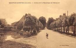 78-NEAUPHLE-LE-CHATEAU- AVENUE DE LA REPUBLIQUE ET L'ABREUVOIR - Neauphle Le Chateau