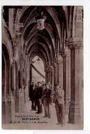 - CPA SAINT-QUENTIN (02) - Hôtel De Ville - Les Arcades (belle Animation) - Edition P. D. - - Saint Quentin