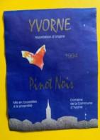 10156 - Yvorne Pinot Noir De La Commune 1994  Suisse - Etiquettes