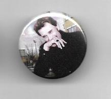 """Johnny Hallyday """" Badge """" - Objets Dérivés"""