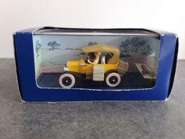 Jouet Voiture Miniature Tintin Au Congo Avec Pins Fusée Ford T éditions Atlas - Dans Sa Boite D'origine Hergé/Moulinsart - Voitures, Camions, Bus