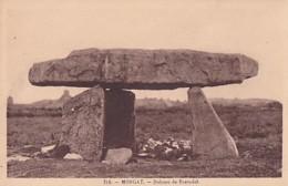 MORGAT         DOLMEN DE ROSTUDEL - Dolmen & Menhirs