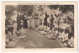 TINDIVANAM (Inde) - La Becquée Des Petits Oisillons - Missions