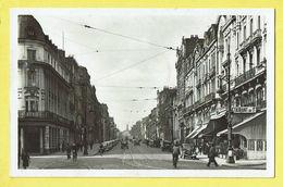 * Roubaix (Dép 59 - Nord - France) * (carte Photo) Restaurant, Oldtimer Car Voiture, Animée, Tram, Vicinal, Rue De Gare - Roubaix