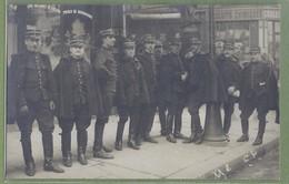 CARTE PHOTO TOP ANIMATION - GROUPE DE GENDARMES MOBILES A PARIS 5ème (?) - - Polizia – Gendarmeria