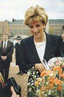 1 AK England * The Princess Of Wales At Leeds - 6th April 1993 - Familles Royales