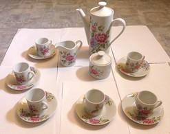Service De Porcelaine Japonaise A Café Ou Thé - Céramiques