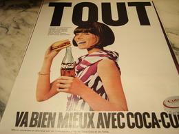 ANCIENNE PUBLICITE TOUT VA BIEN MIEUX AVEC   COCA COLA 1968 - Affiches