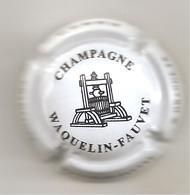 Capsule  WAQUELIN-FAUVET  N° 6 - Champagne