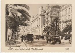 C. P. - PHOTO - NICE - PALAIS DE LA MEDITERRANEE - VOITURES CALÈCHES - RENÉ -697 - Monumentos, Edificios