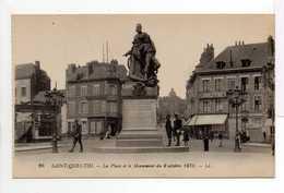 - CPA SAINT-QUENTIN (02) - La Place Et Le Monument Du 8 Octobre 1870 (CHARCUTERIE) - Editions Lévy N° 26 - - Saint Quentin