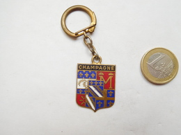 Beau Porte Clés , Blason De La Région Champagne - Porte-clefs