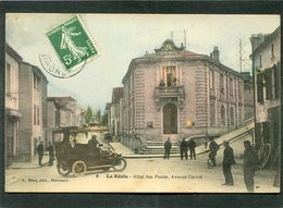 CPA - LA REOLE - Hôtel Des Postes, Avenue Carnot, Animé - Automobile - La Réole