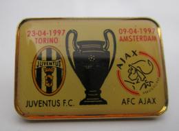 Champions League Pin Juventus Torino A.F.C. Aiax Amsterdam Distintivo Calcio Soccers Juve - Calcio