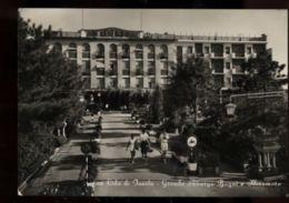 C940 LIDO DI JESOLO - GRANDE ALBERGO MIRAMARE E BAGNI B\N VG 1955 ANIMATA - Italia