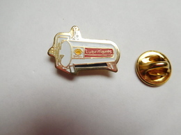 Beau Pin's , Carburant Essence Huile Oil , Shell Lubrifiants - Carburants