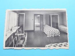 Stedelijke Kostschool Voor Juffrouwen Afdeling STROPSTRAAT 33 / Slaapzaal ( Thill ) Anno 19?? ( Zie/voir Photo ) ! - Gent