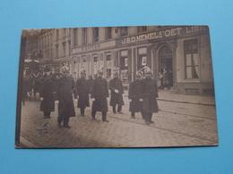 Stoet / Parade > Met O.a. > Aloïs VANDERBEKEN ( Détail J.B.D. HEMELSOET Libr.... & W. SIFFER )( Zie/voir Photo ) ! - Personen