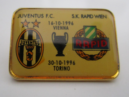 Pins Champions League Juventus Torino - SK Rapid Wien FINALE 1996 Distintivo Calcio Soccers UEFA Vienna - Calcio