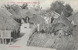 Sénégal, Dakar - Type De Ferme Dans Le Village Noir, Cases - Collection Gautron - Carte N° 27 - Sénégal