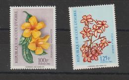 Cote D'Ivoire 1984 Fleurs 701E-701F 2 Val Neuf ** MNH - Côte D'Ivoire (1960-...)
