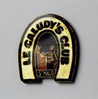 Pin's Fer à Cheval  Le Caludy's Club Saint Malo - BR3/5 - Villes