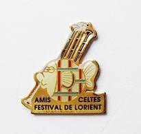 Pin's Amis Celtes Festival De Lorient Biniou Cornemuse - BR3/5 - Villes