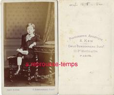 CDV En 1875- Jeune Garçon à La Lecture-photo Bondonneau Ex Ken Bld Monmartre à Paris - Photographs