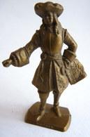 FIGURINE PUBLICITAIRE MOKAREX - LE GRAND SIECLE LOUIS XIV - LOUIS XV - VAUBAN CASSE - Figurines