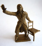 FIGURINE PUBLICITAIRE MOKAREX  - LA REVOLUTION FRANCAISE - CAMILLE DESMOULINS Casse - Figurines