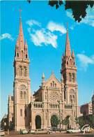 Cpsm - Paris   -    Eglise Saint Ambroise  , Boulevard Voltaire, Voitures , Citroén DS    AH1102 - Francia