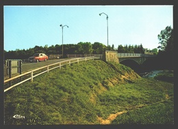 Izel / Moyen - Le Pont Sur La Semois Entre Izel Et Moyen - Vintage Car / Voiture / Auto Fiat - état Neuf / New Card - Chiny